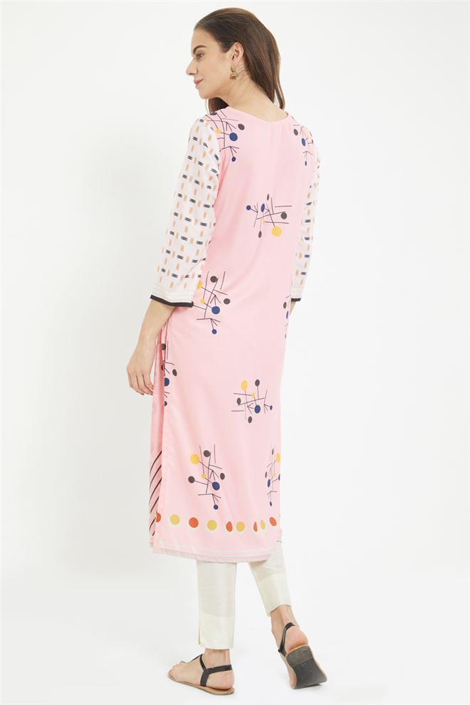 Pink Color Casual Wear Geometric Printed Kurti in Prime Rayon Fabric